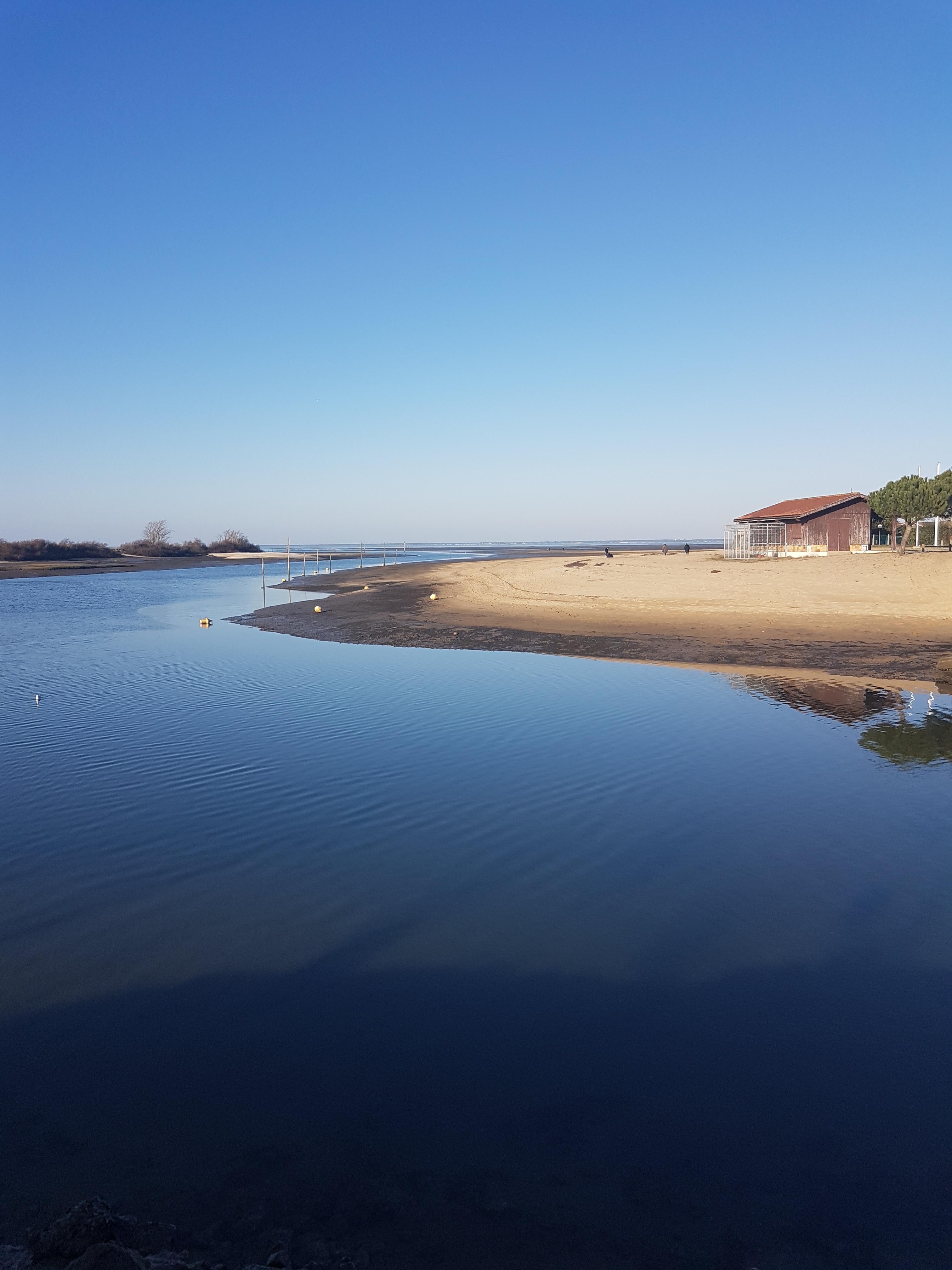 Gujan et son port de la Hume en hiver
