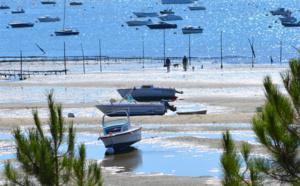 Balade entre bateaux sur le bassin d' Arcachon