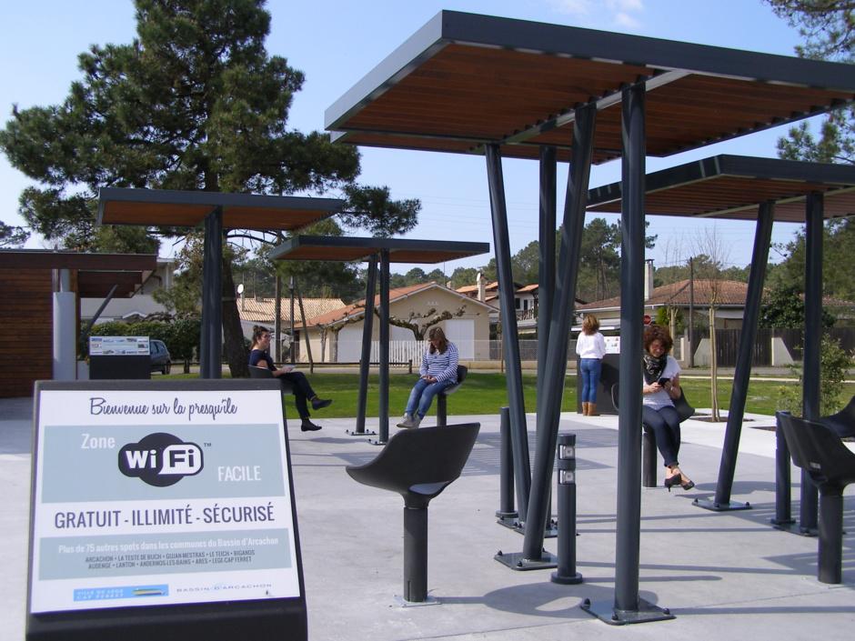 Bureau de plein air gratuit au Cap-Ferret