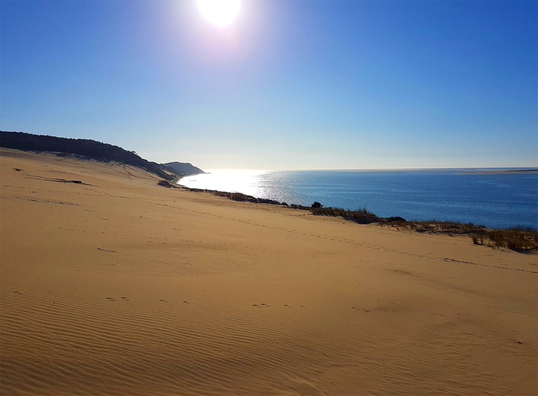 Marcher sur la dune du Pilat vierge de pas