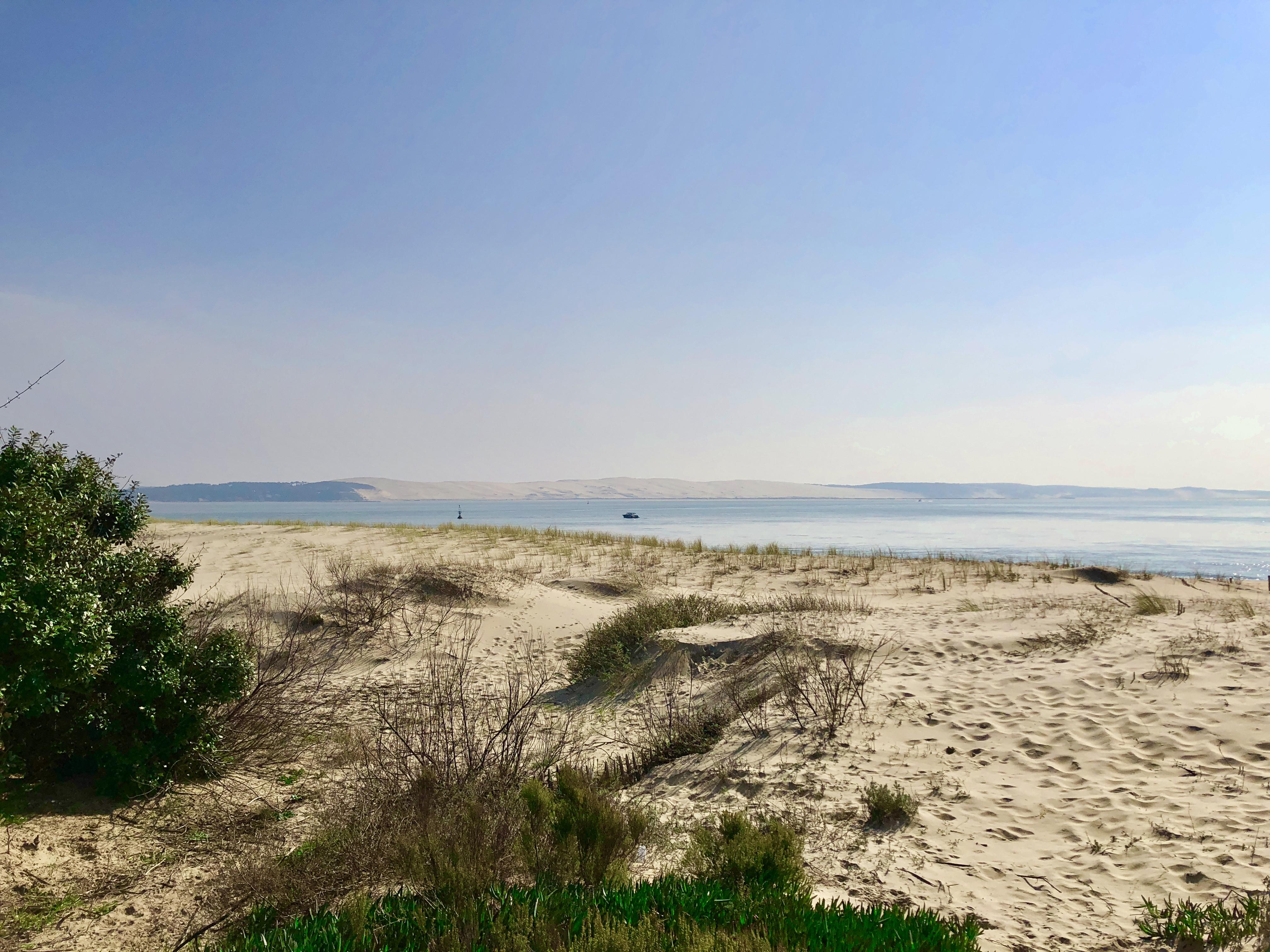 Vue sur la dune depuis la pointe de Lège Cap Ferret