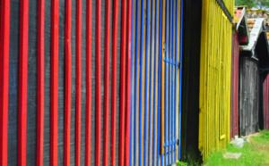 Cabanes du port de Biganos - colorées non ?