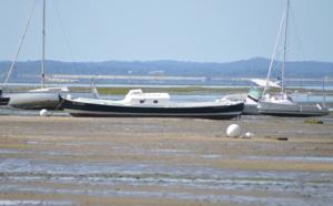 Pinasse du Bassin d' Arcachon chassant des baleines ou sur la Tamise ?!?!?