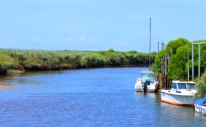 Ambiance près du port des Tuiles à Biganos