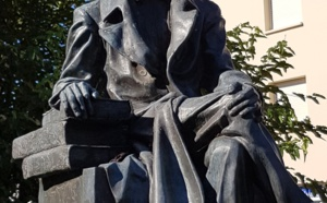 Docteur Jean Hameau identifiera le Mal de La Teste