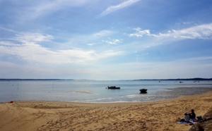 Plage tranquille sur la presqu'île du Cap-Ferret