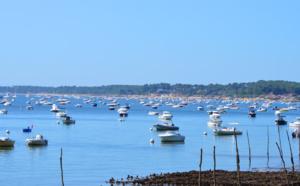 Beaucoup de bateaux devant grand Piquey